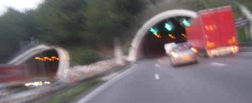 Linke mange tunneller denne veien