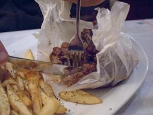 Kjøtt kokt i matpapir