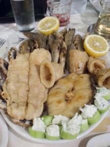 Masse fritert fisk og sjømat