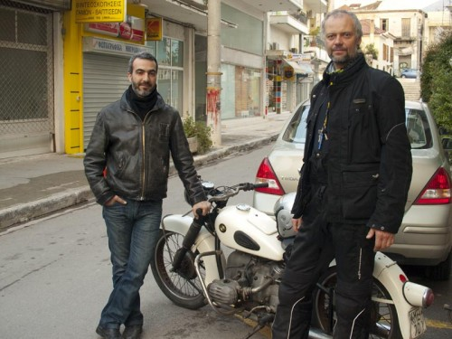 Skjegg - ikke vanlig i Hellas