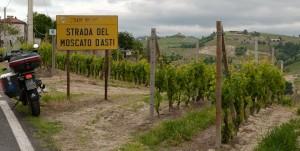 Strada del Moscato d'Asti