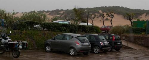 Regn på parkeringsplassen
