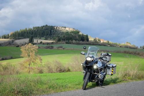 Ny sykkel, utenfor Volterra